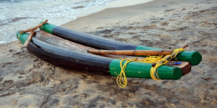 INDIA - KERALA - Varkala - Fishing Boat (2